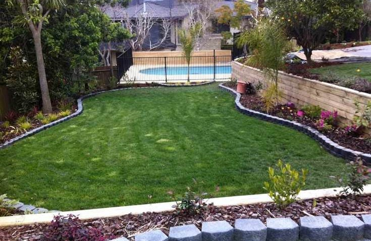 Complete-Garden-makeover-swimming-pool-landscaping-retaining-wall-timber-deck-planting
