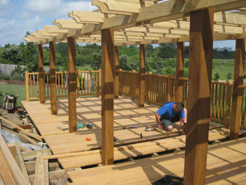 Laying-the-Timber-for-the-Deck-under-detailed-pergola-design