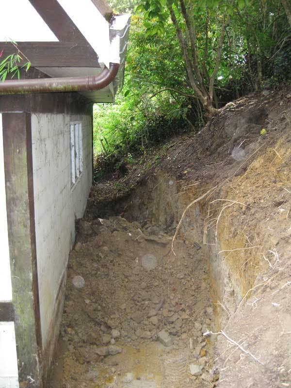 Retaining-Wall-Dug-Out