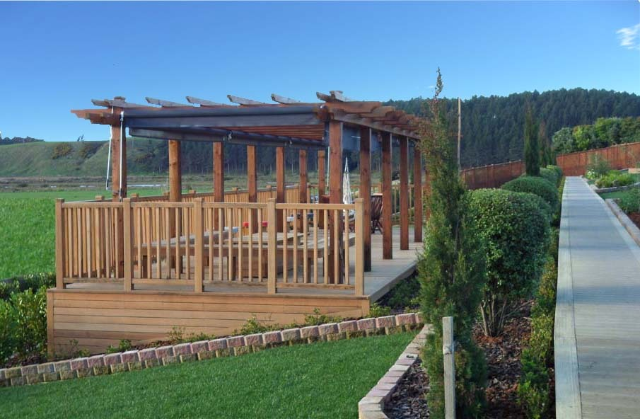 Timber-Feature-Seating-Under-scalloped-edged-Pergola-landscaping-solutions