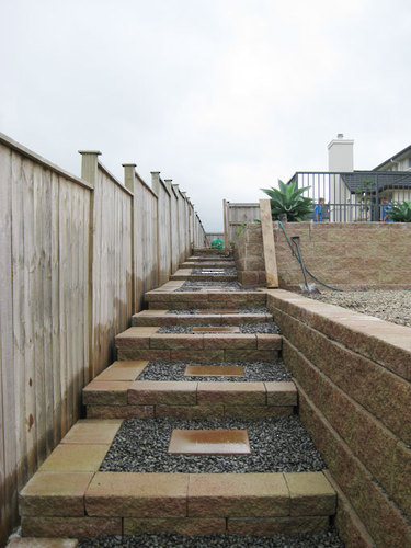 steps-and-stones-feature-garden-design