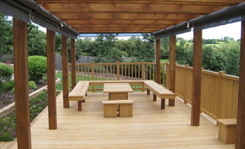 Timber-Feature-Seating-Under-Pergola-landscaping-solutions