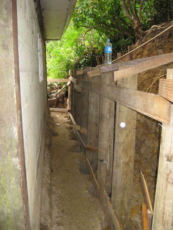 Construction-of-a-retaining-wall-for-a-new-garden-makeover